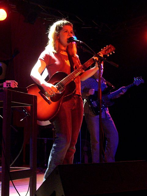 Dar Williams live in Venlo (April 23rd, 2006)