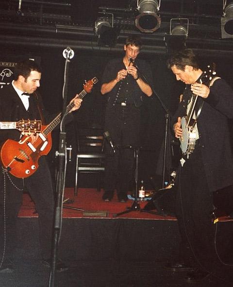 Ernie Mendillo, Christopher Layer, Dave Kincaid (The Brandos) in Kaiserslautern (6. Februar 2004)