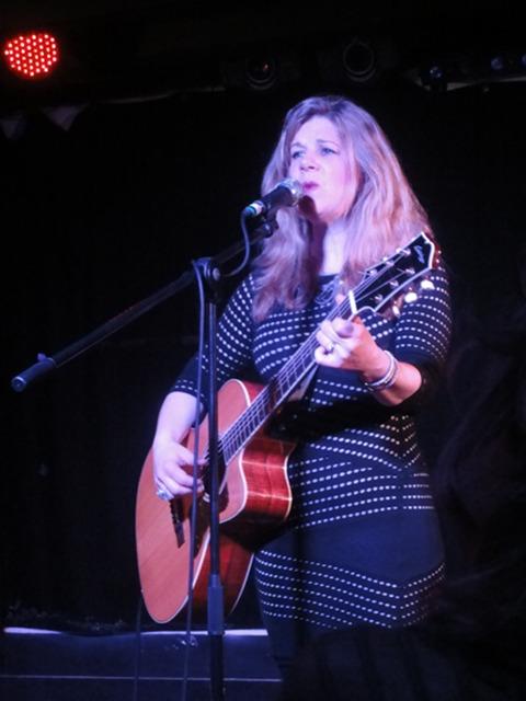 Dar Williams - live in York (2014)